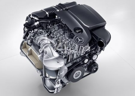 Daimler Introduces New Four-Cylinder Aluminium Engine