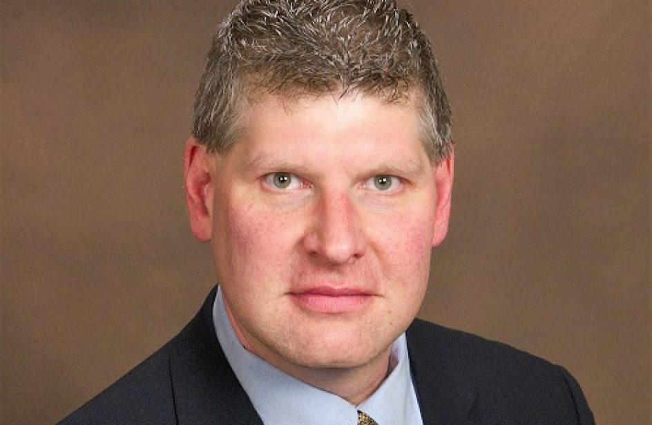Jeff Henderson Takes Office as AEC President